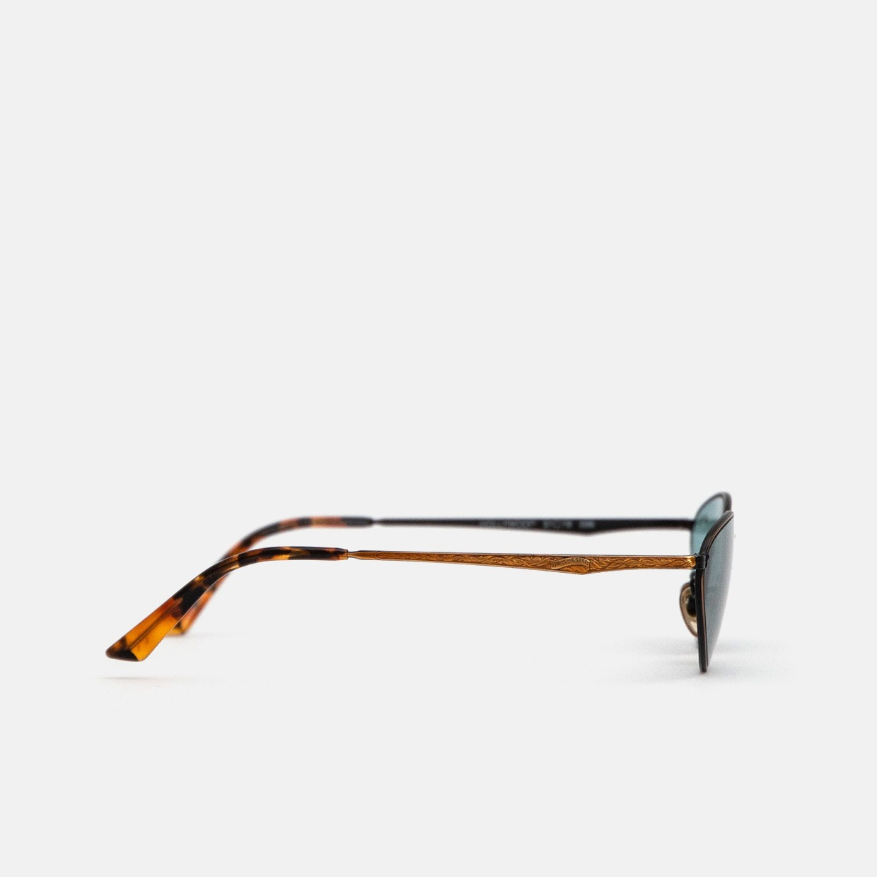 The WINCHESTER HOLLYWOOD vintage sunglasses