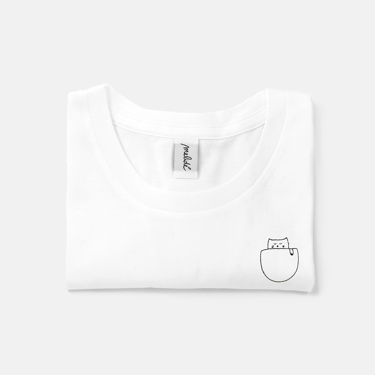 The CAT IN THE POCKET slim fit tee