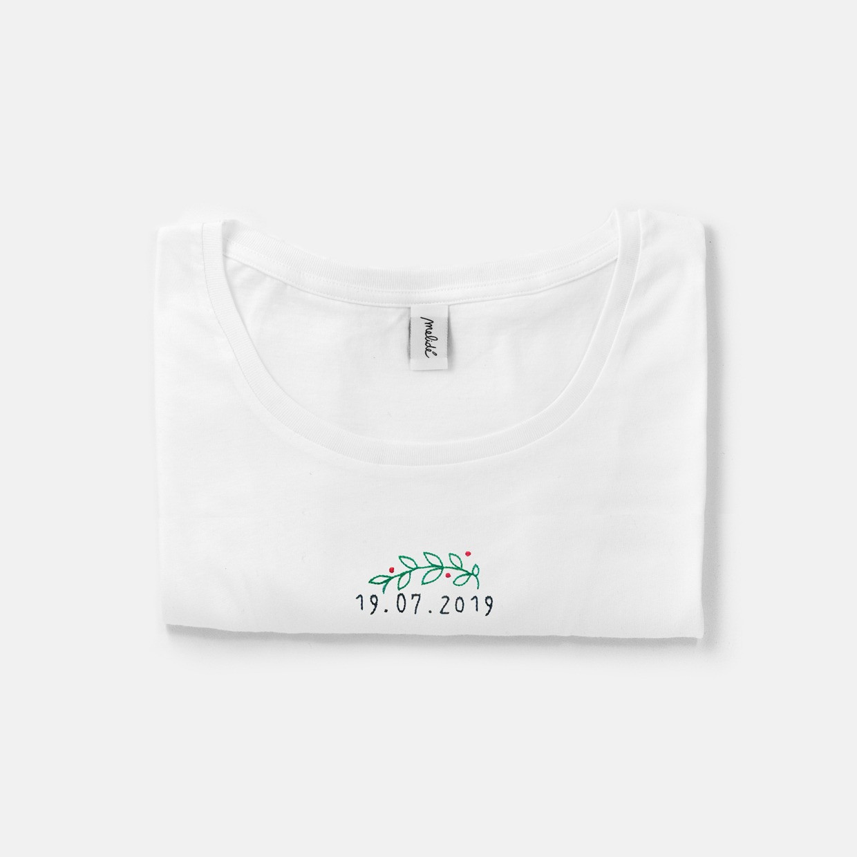The GRADUATION DAY wide neck tee - crown