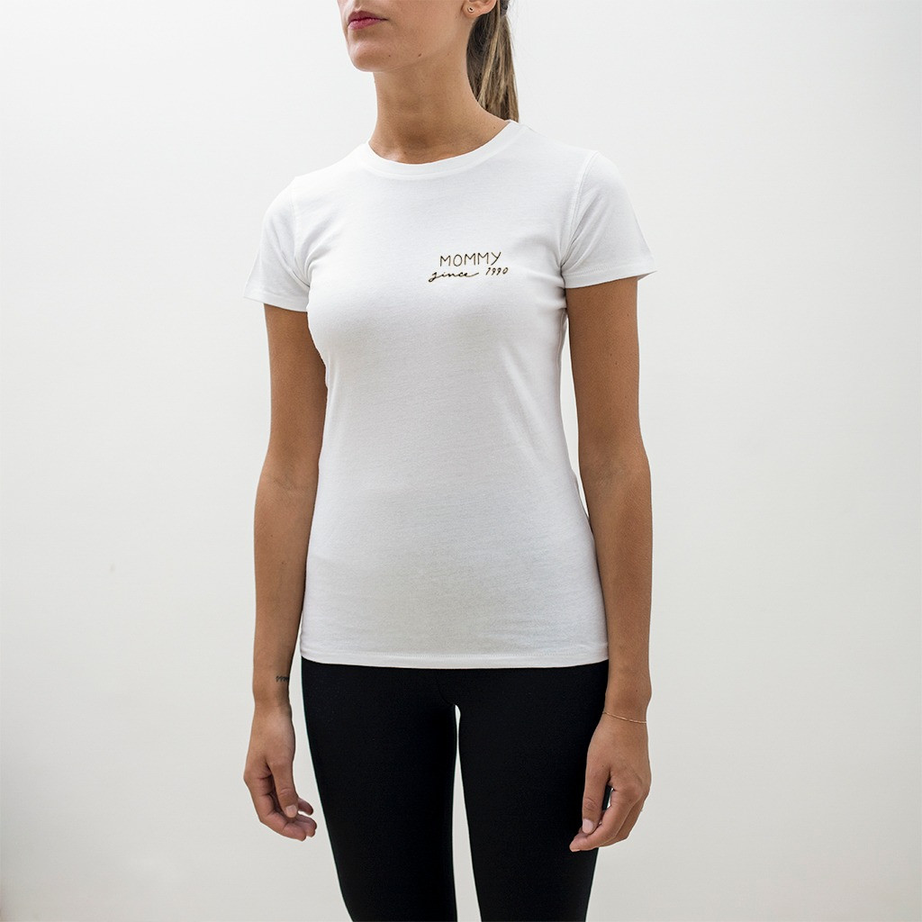 The MOMMY SINCE slim fit tee