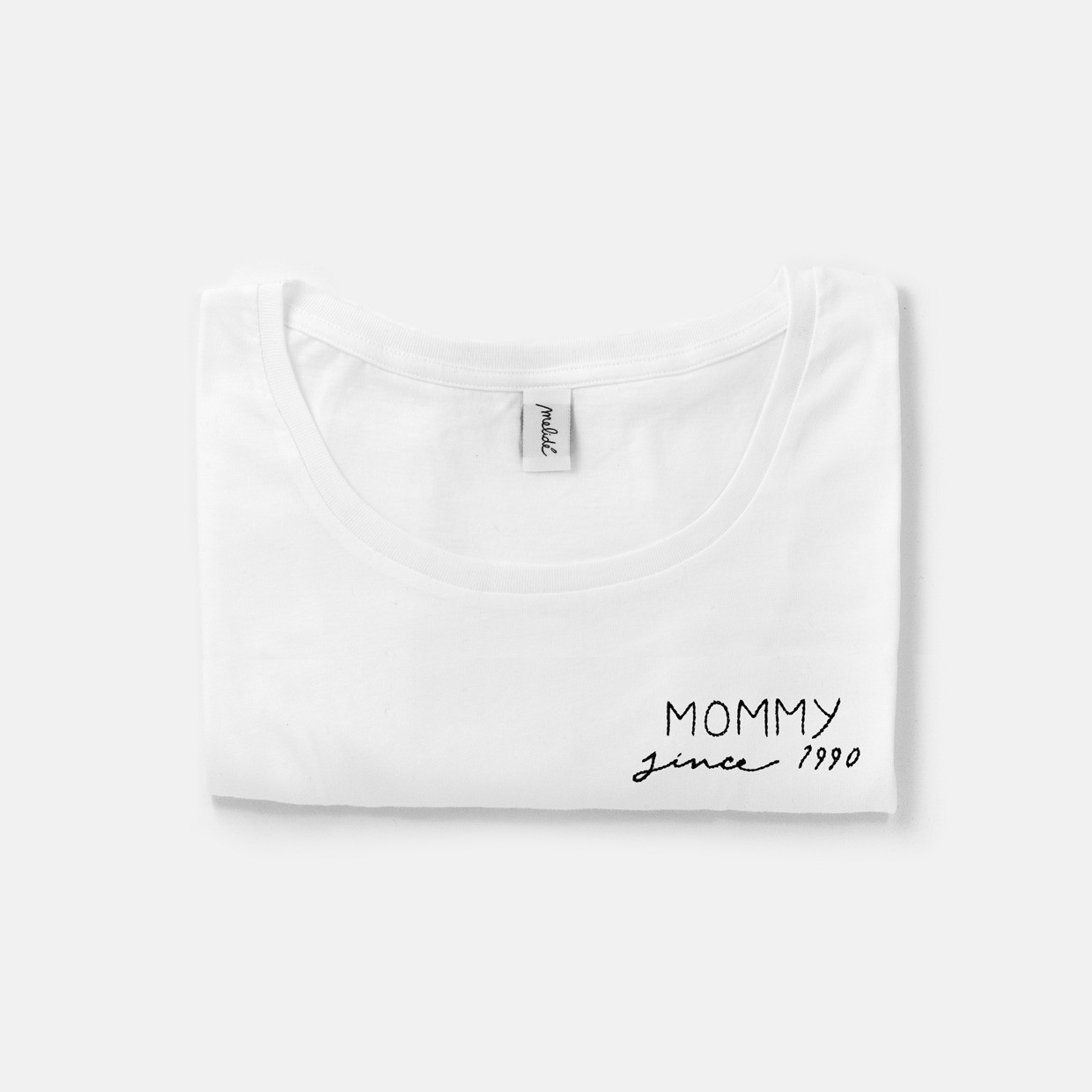 The MOMMY SINCE wide neck tee