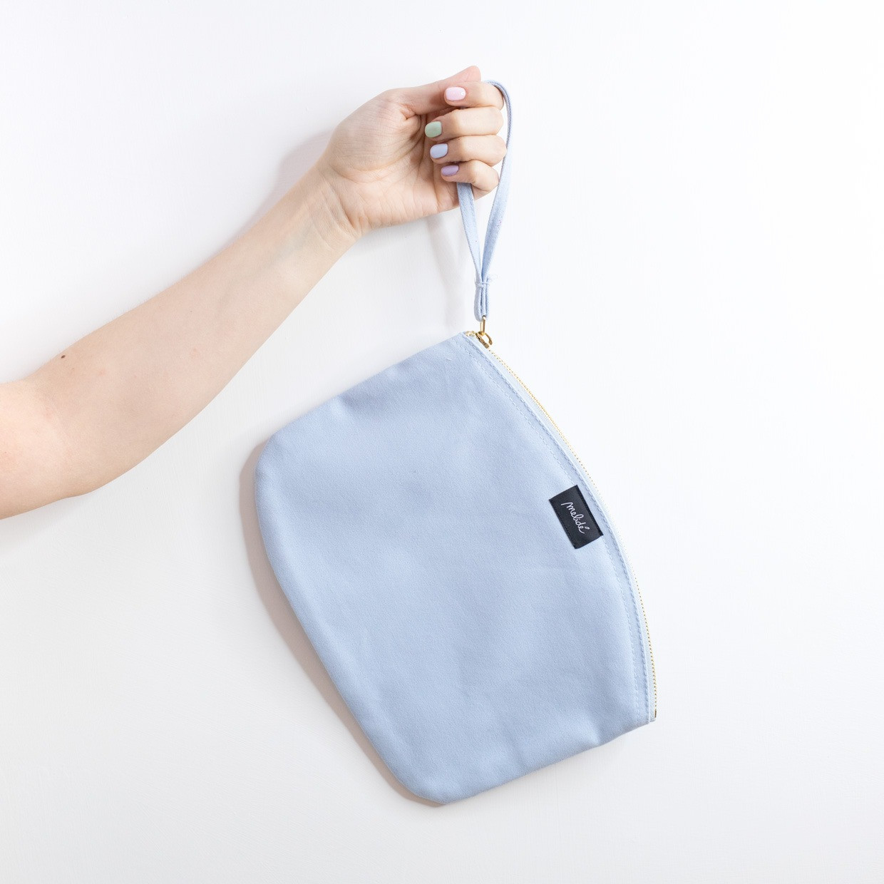 The ZIPPED POUCH L - Eye