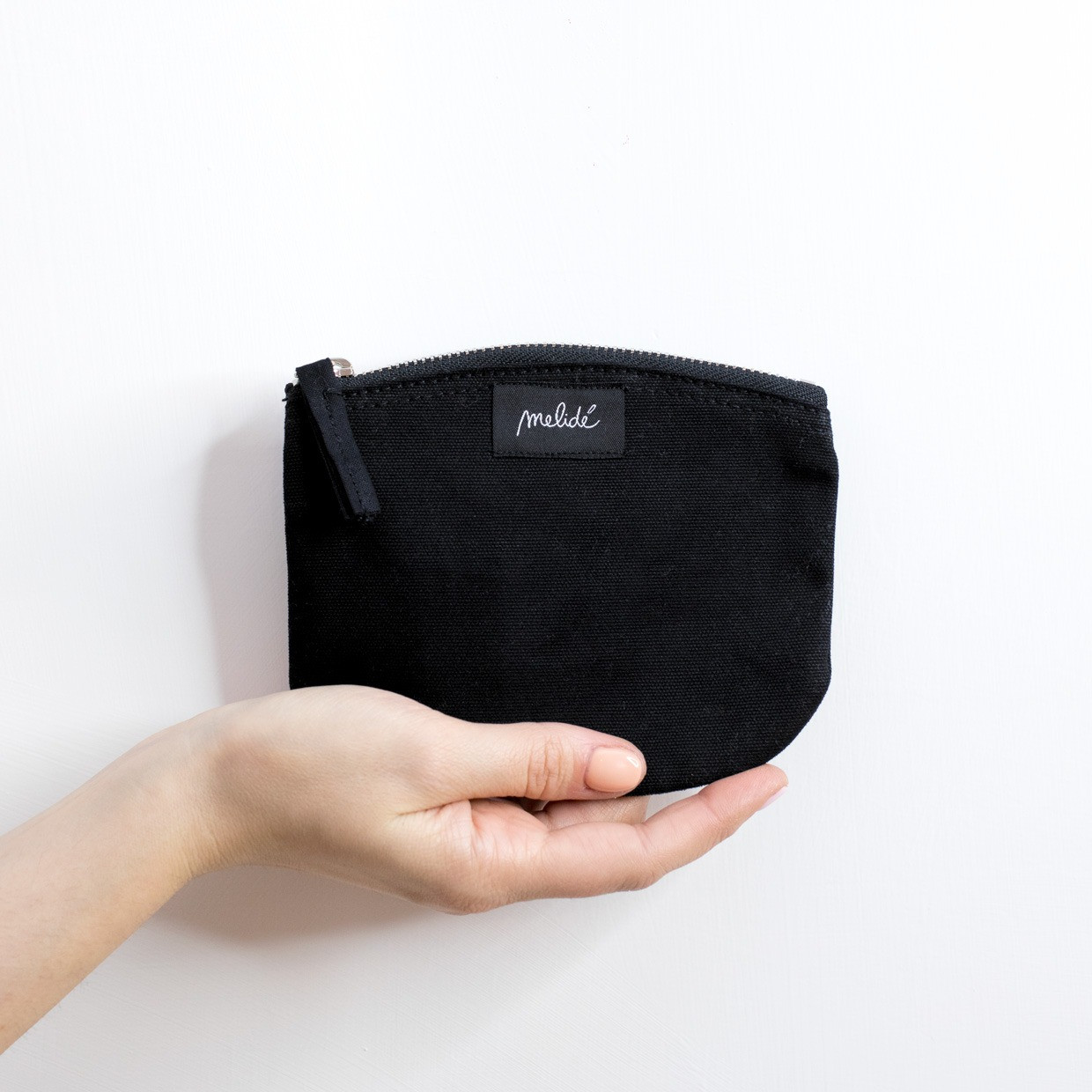 The ZIPPED POUCH S - Monogram