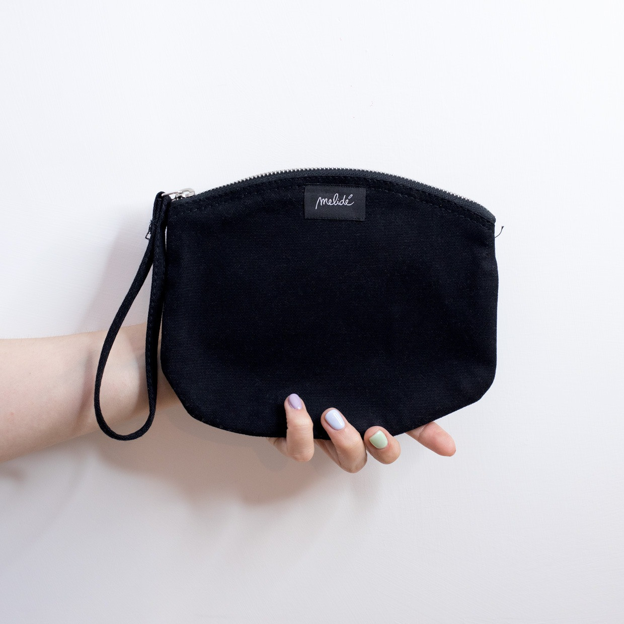 The ZIPPED POUCH M - Say my name