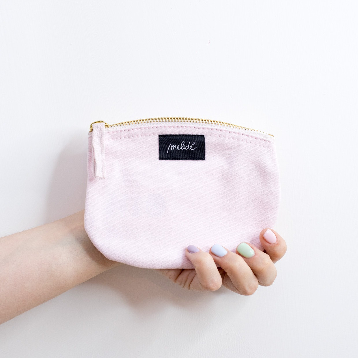 The ZIPPED POUCH S