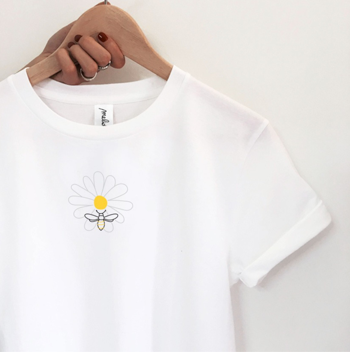 my melidé - The DAISY AND BEE ultimate tee