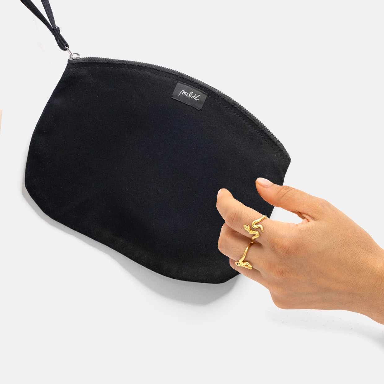 The NOT TOO MUCH zipped pouch kit