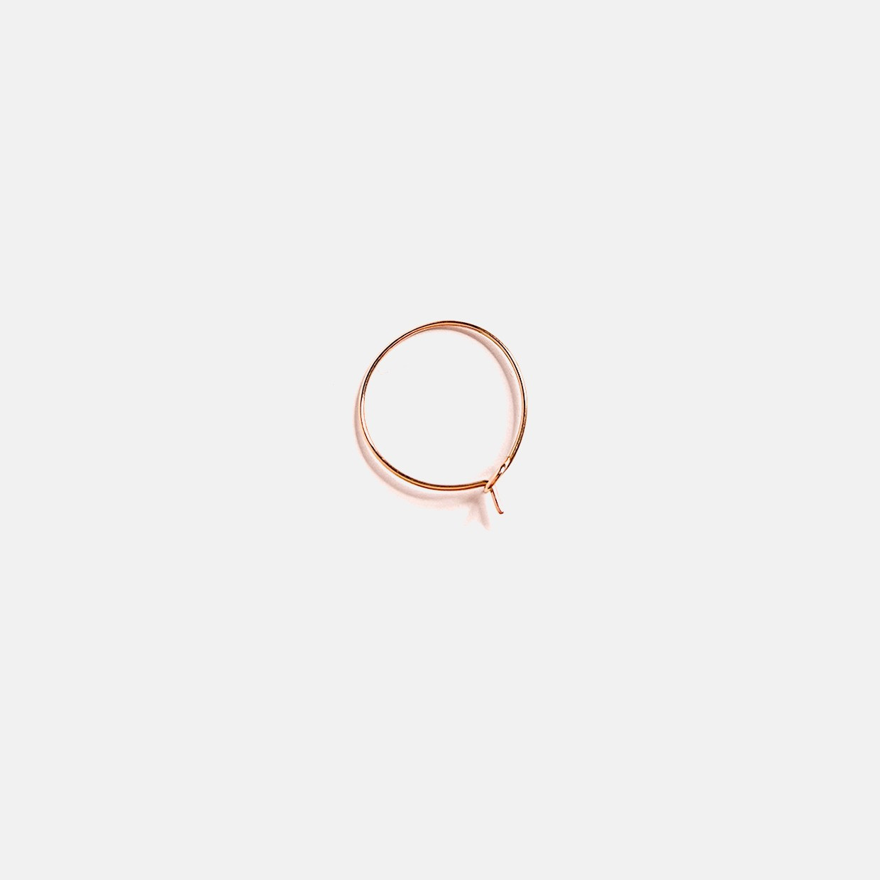 The NEVER WITHOUT earring - ORO ROSA